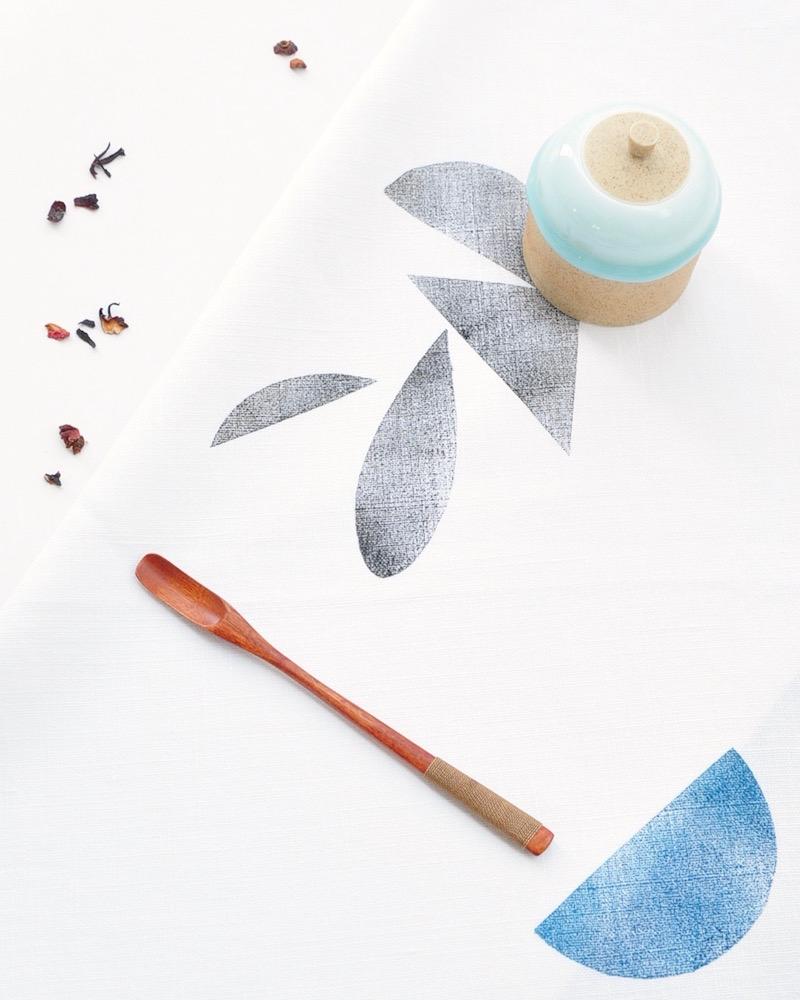 Torchon essuie main motif formes géométriques en lin français par Inkree